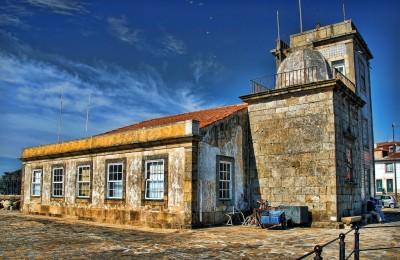 Faro de São Miguel-O-Anjo